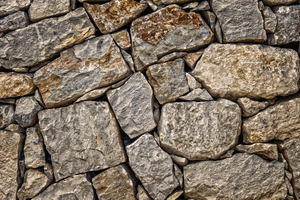 rivestimento muro esterno pietra